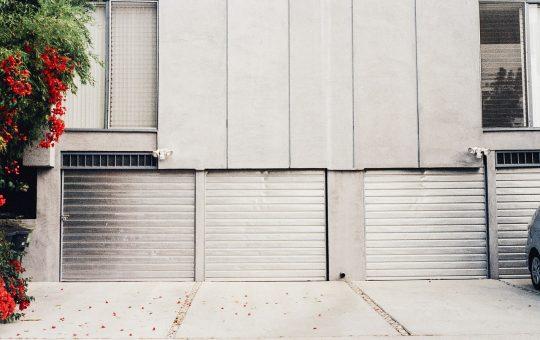 Jakie bramy garażowe?