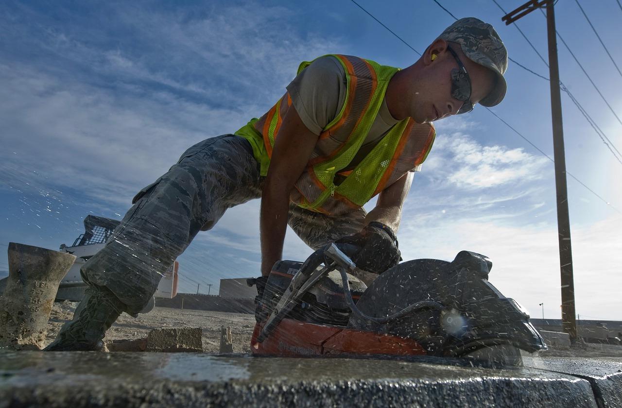 Sprzęty do cięcia betonu