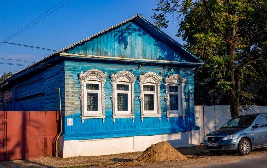 Budowanie domków z drewna